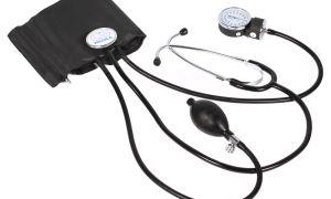 Как правильно мерить давление ручным тонометром: советы и рекомендации